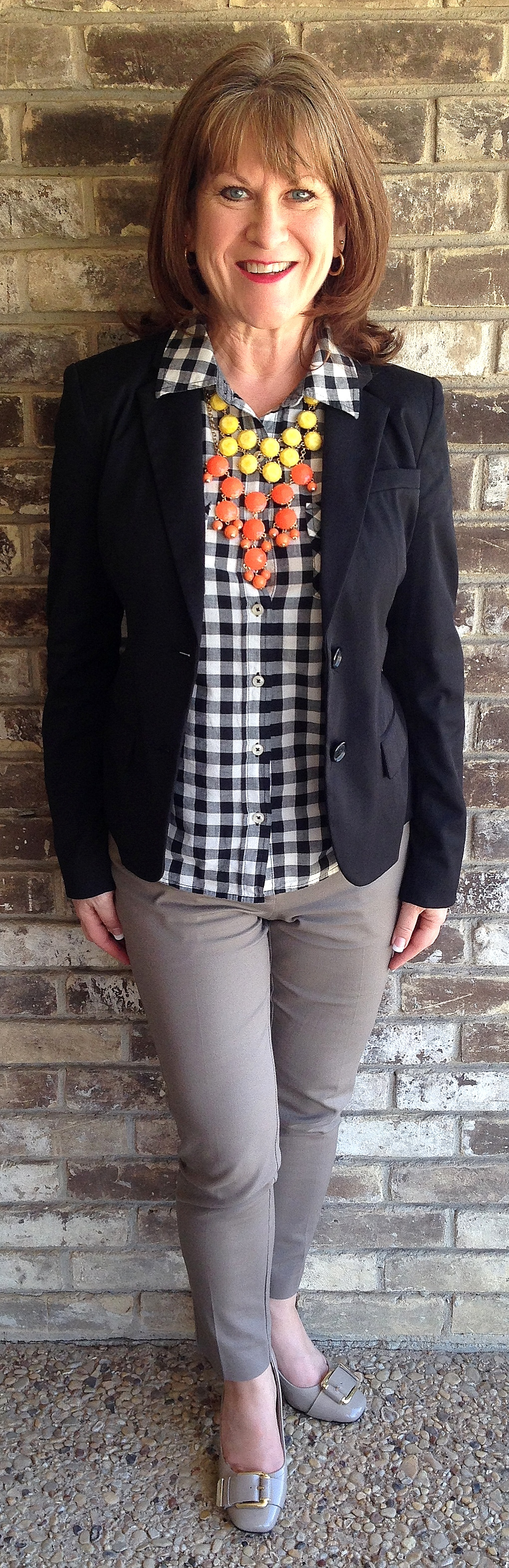 Casual fashion for over 60 - Checkers